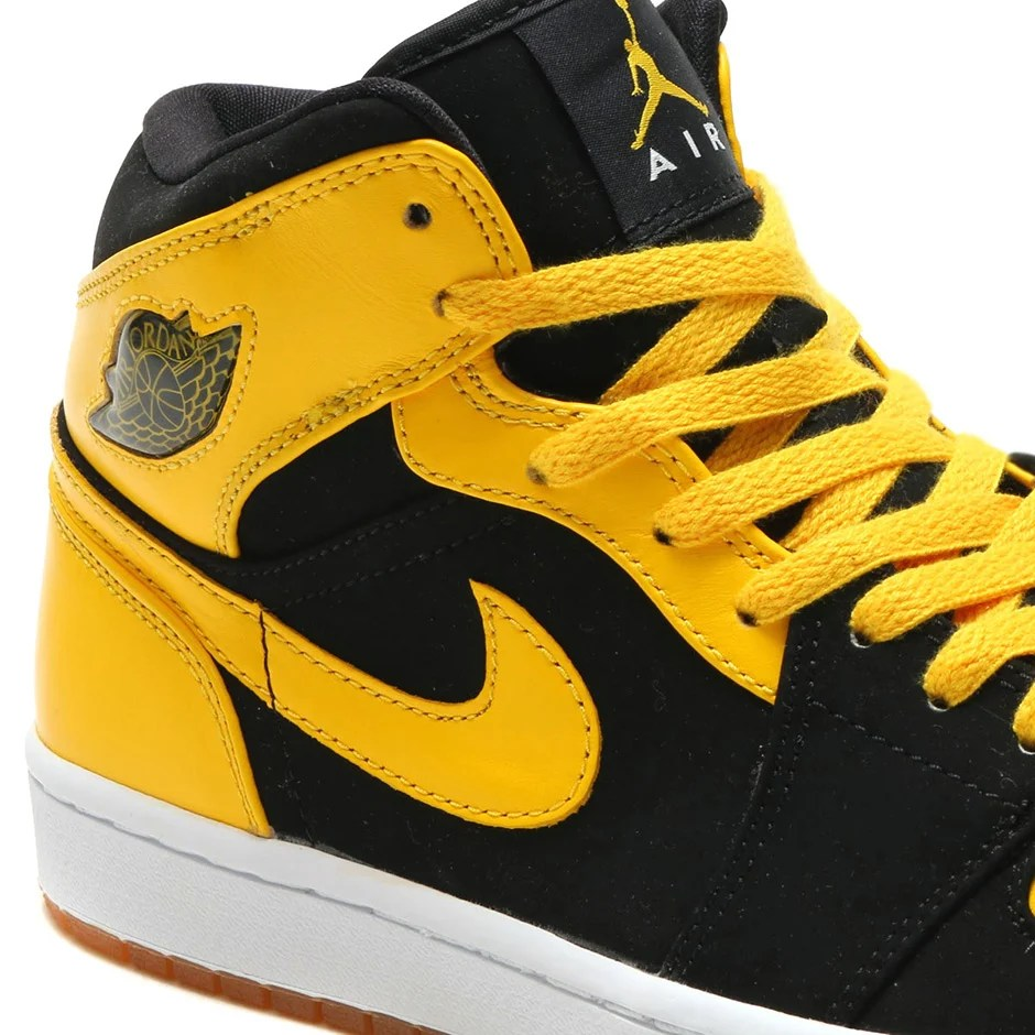 "Air Jordan 1 Mid ""New Love"" ..."