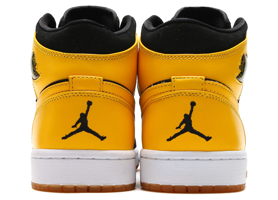 "Air Jordan 1 Mid ""New Love"""