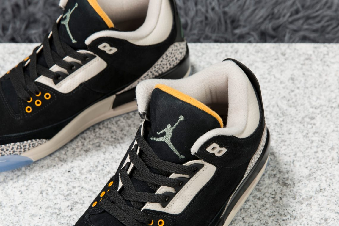 "atmos x Air Jordan 3 ""Safari"""