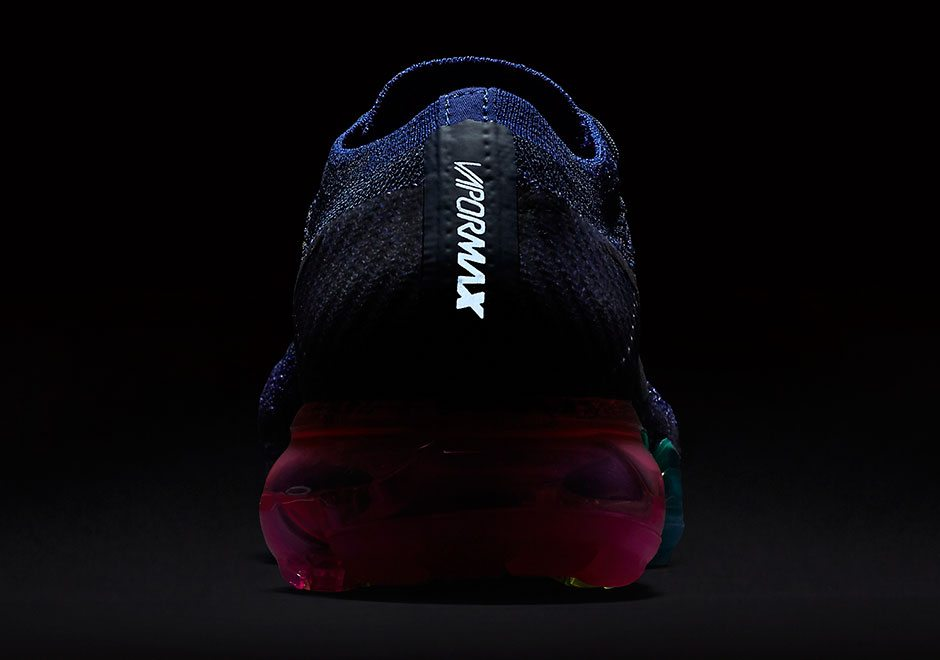 newest 9ad24 55a29 Nike Air VaporMax Stands Out in First