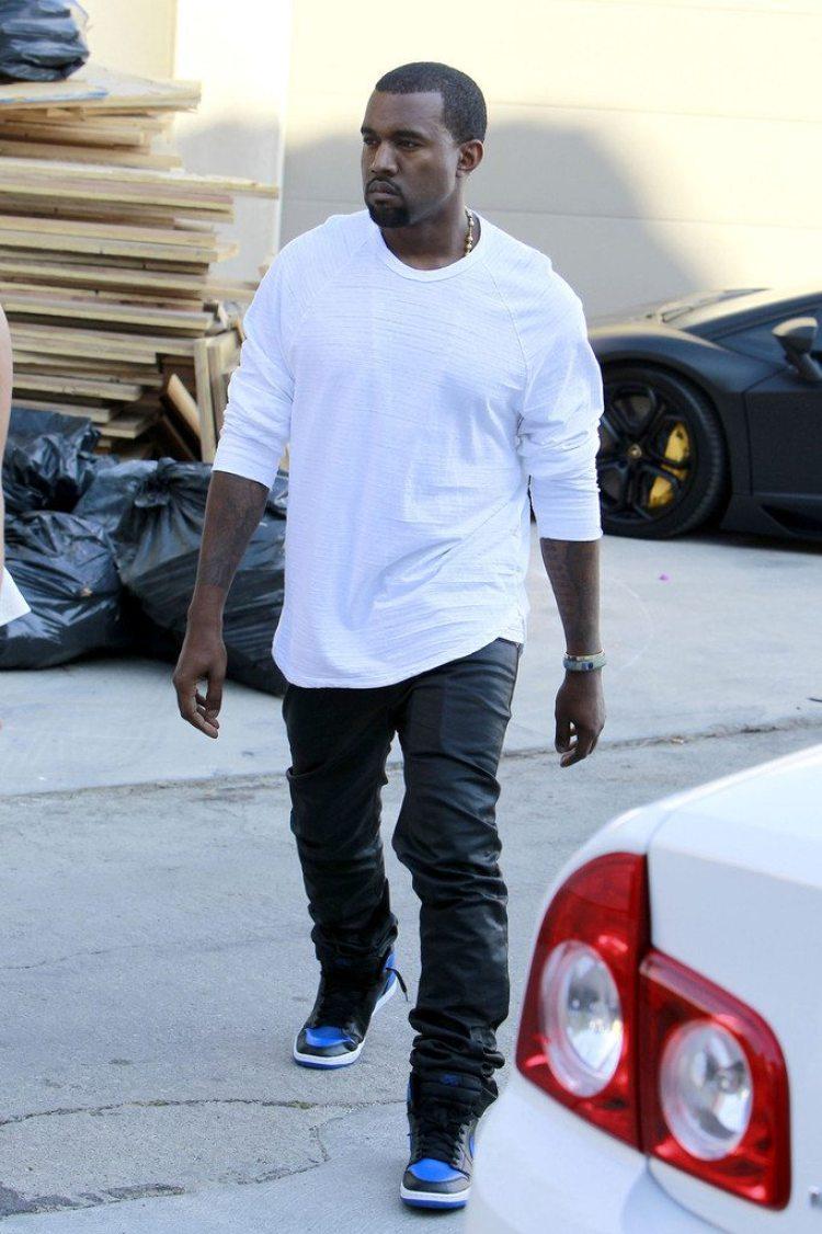 """Kanye West in the Air Jordan 1 High OG """"Royal"""""""