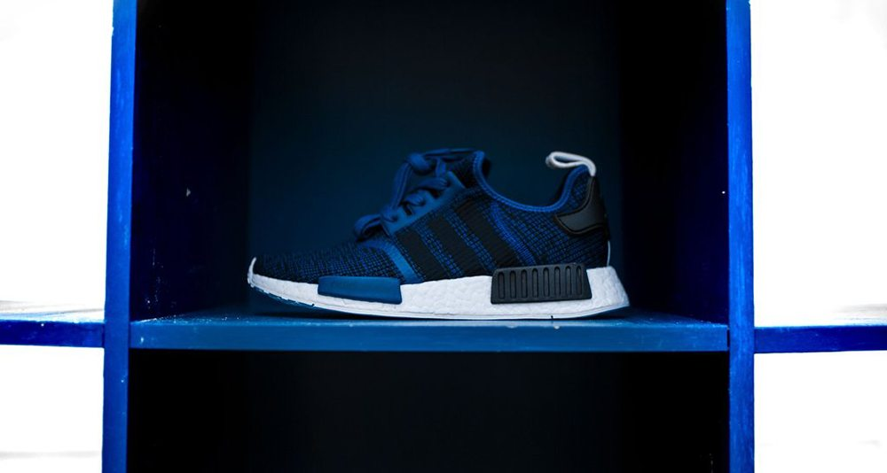 adidas NMD R1 Collegiate Navy/Core Black