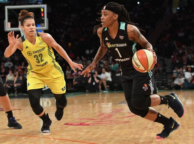 Shavonte Zellous Debuts New Nike KDX Colorway