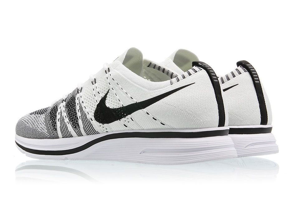 Nike Flyknit Trainer White/Black