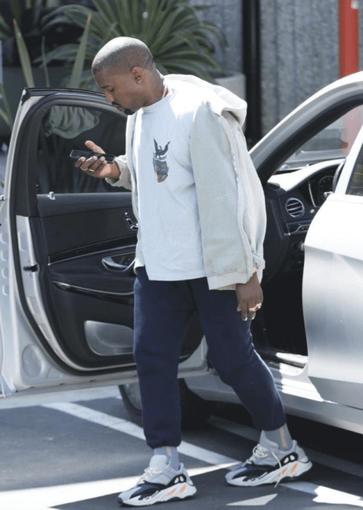537f9ed4accab ... Kanye West in the Yeezy Wave Runner