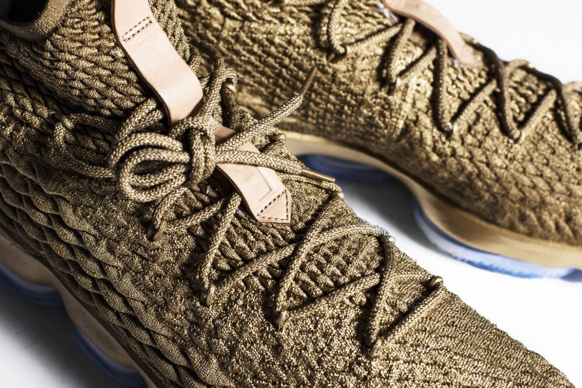 a9d0467ab92 LeBron James Debuts Gold Nike LeBron 15 Custom from The Shoe Surgeon ...