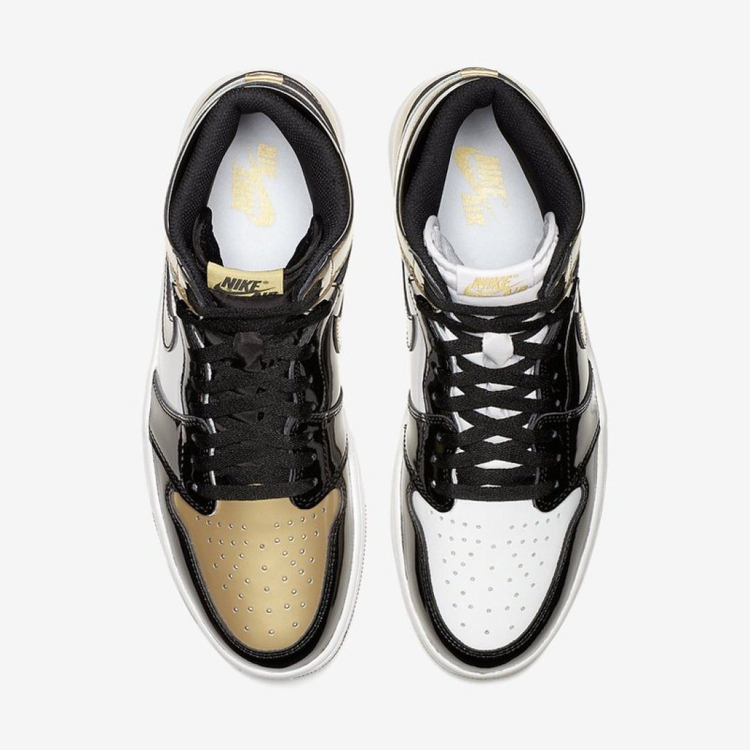 "Air Jordan 1 ""Gold Top 3"""