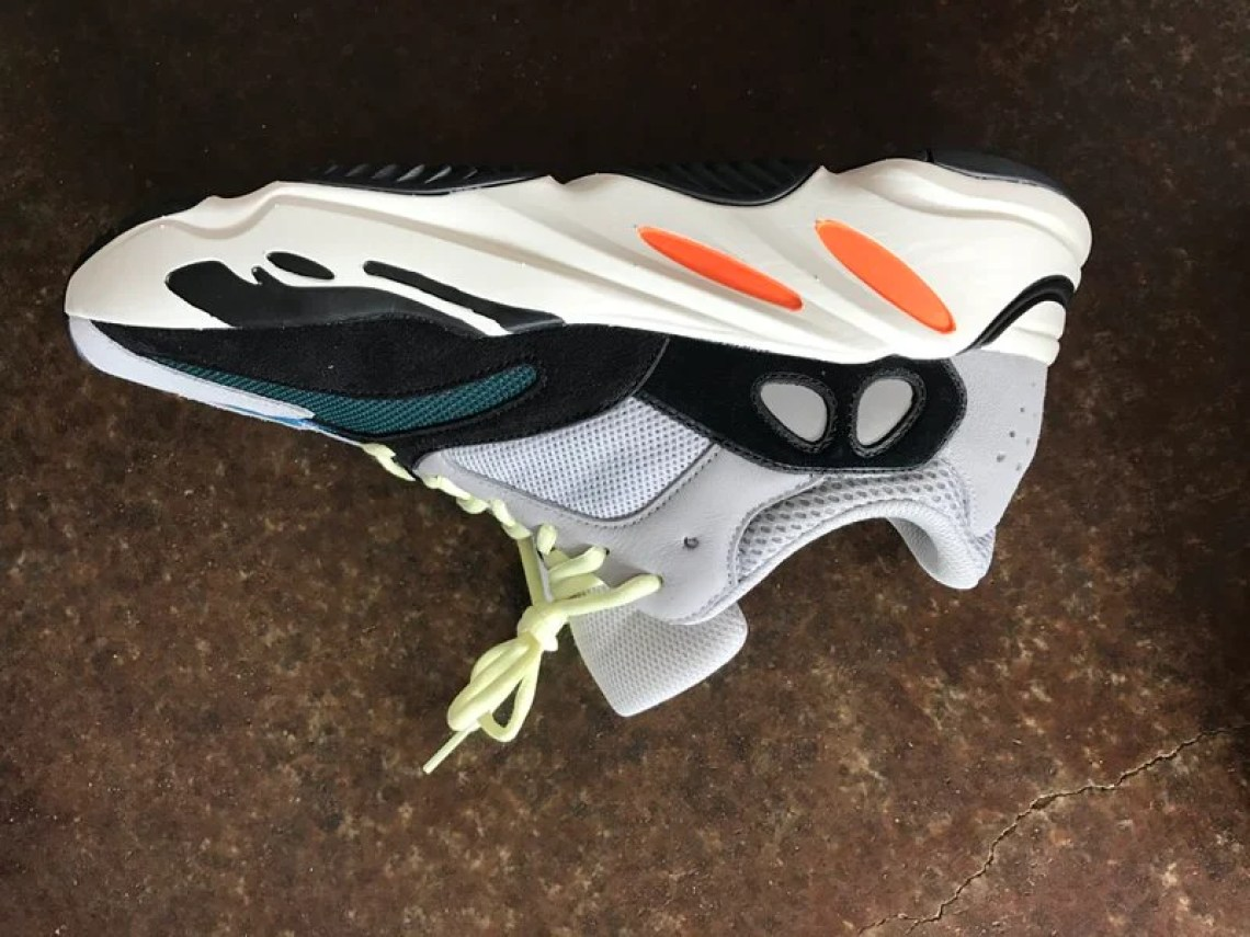 buy online a6328 4706d First Thoughts & Reactions to Opening the adidas Yeezy Wave ...