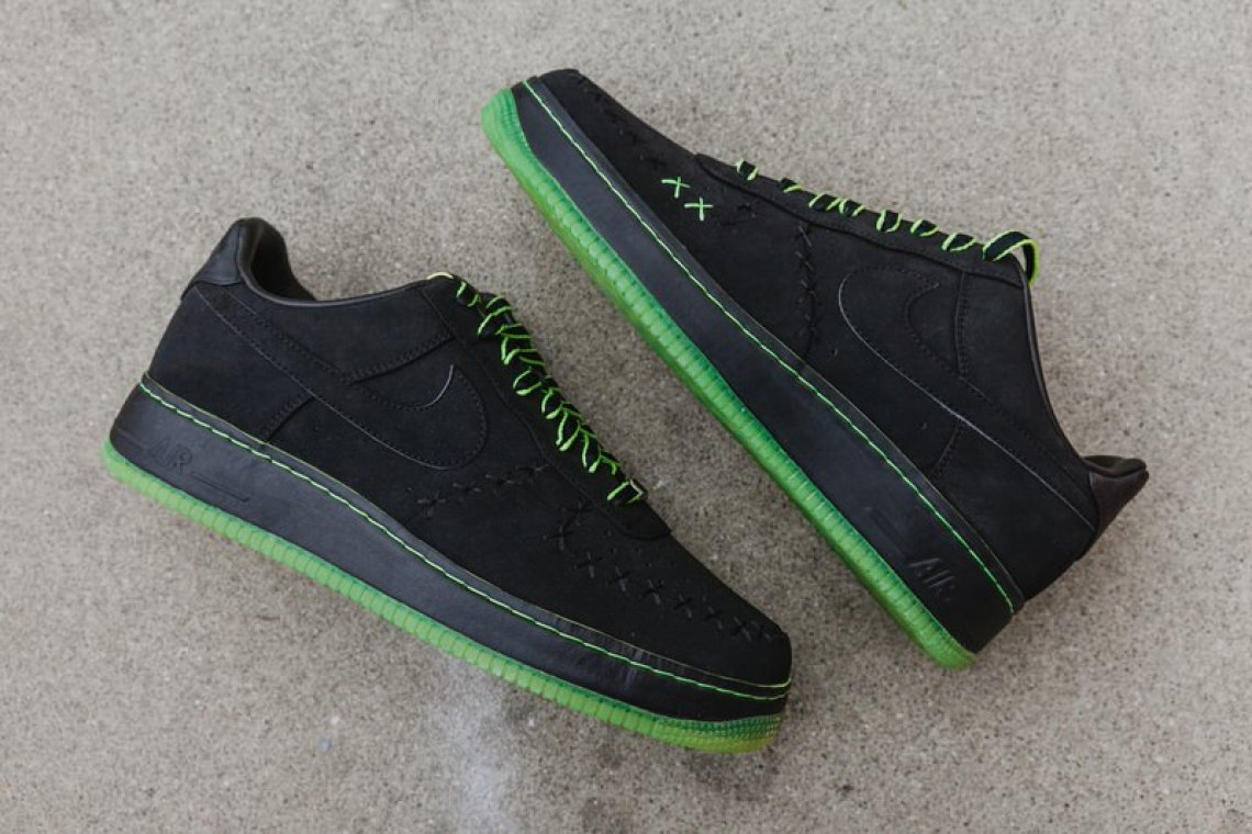 2007 Air Force 1 Low KAWS