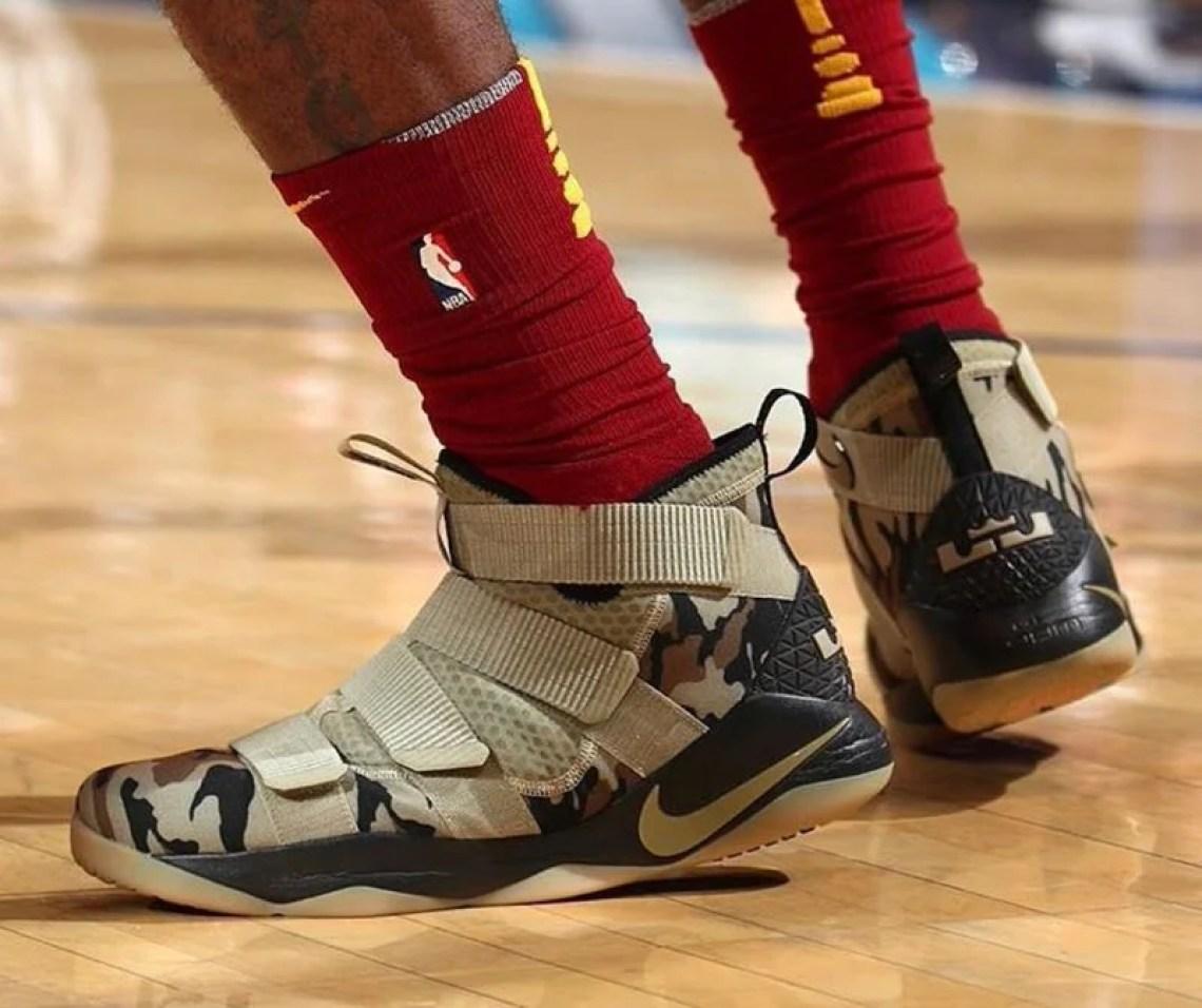 23fd156b3a8 King James Debuts Nike LeBron Soldier 11
