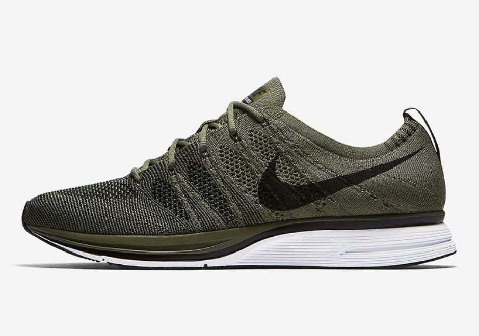 "Nike Flyknit Trainer ""Medium Olive"""