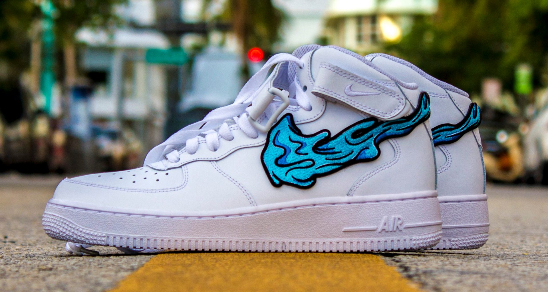 competitive price 16294 2aad2 Custom Air Force 1 Gets Dripped in Affordable Art