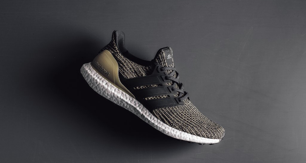 adidas Ultra Boost 4.0 Core Black/Raw Gold