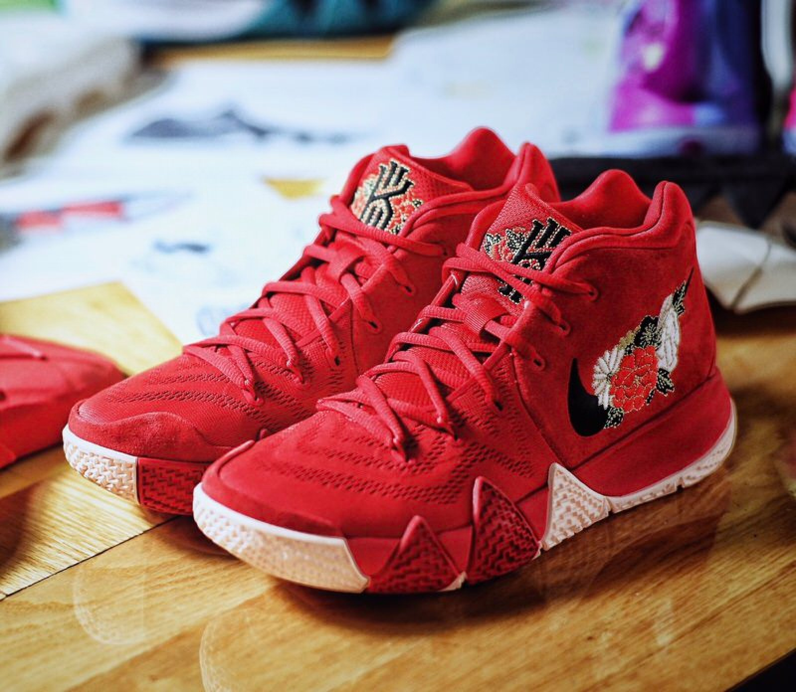 "Nike Kyrie 4 ""Firework"""