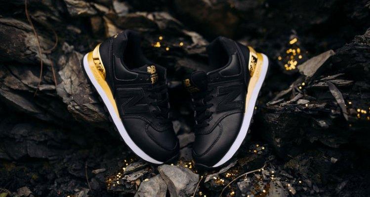 New Balance 574 Black/Gold