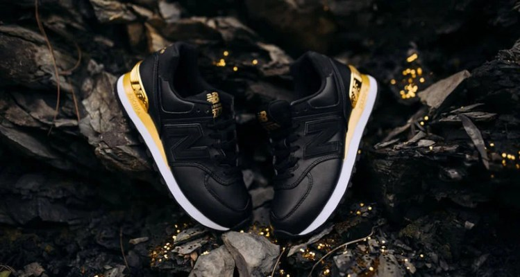 New Balance 574 Black/Gold