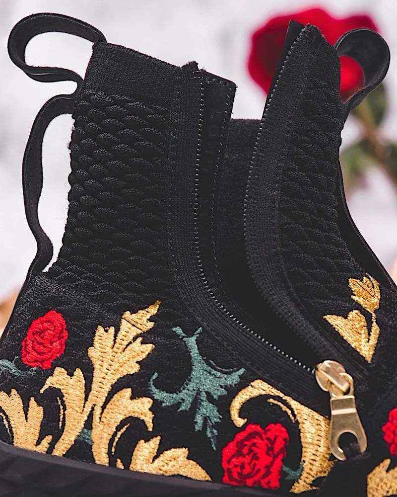 hot sale online 51372 1aa4a ireland kith x nike lebron 15 strap black floral close 01888 ...