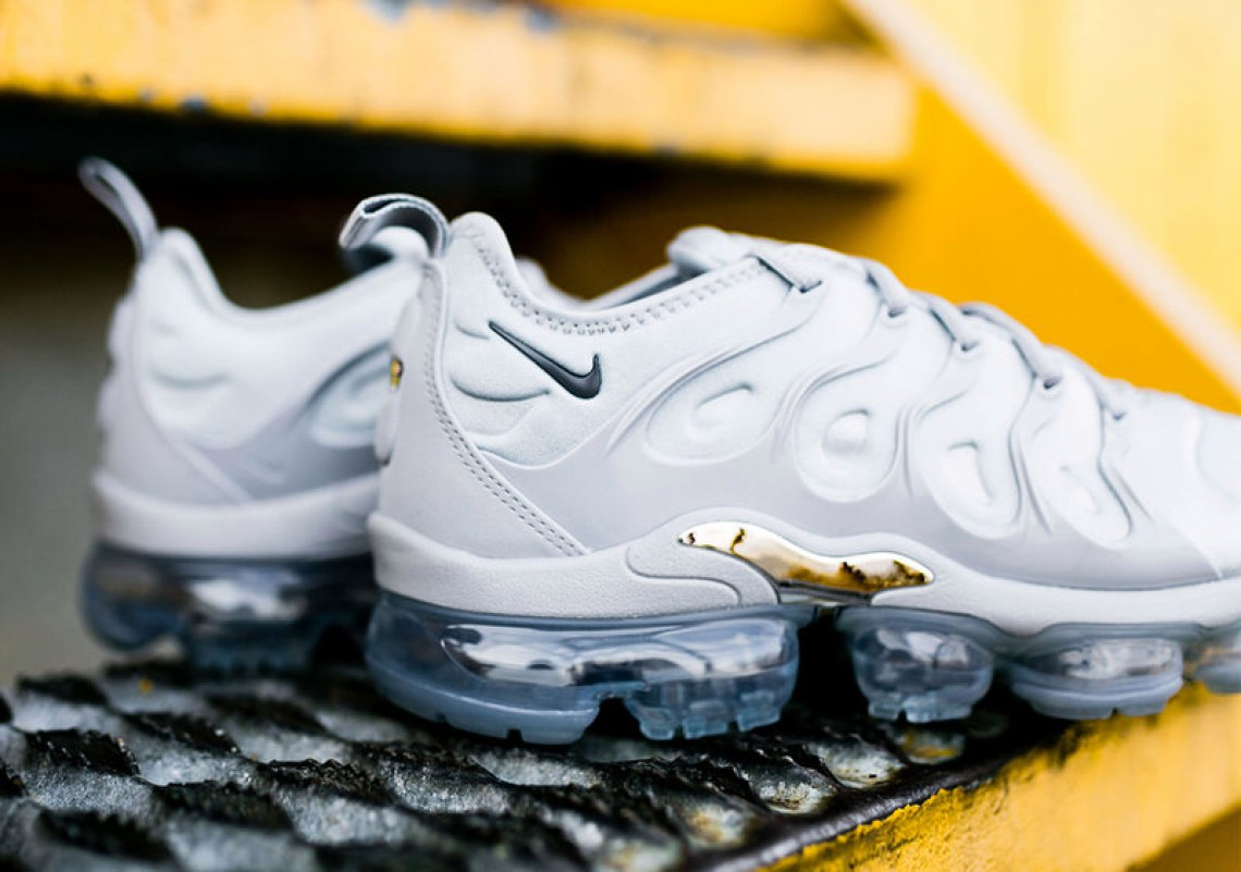 pretty nice fb454 ea5b4 Nike Air VaporMax Plus