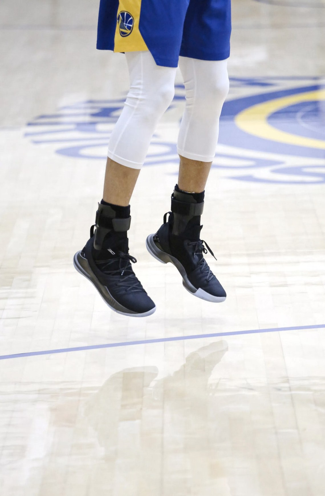 stephen curry in the new under armour curry 5  u0026quot pi day