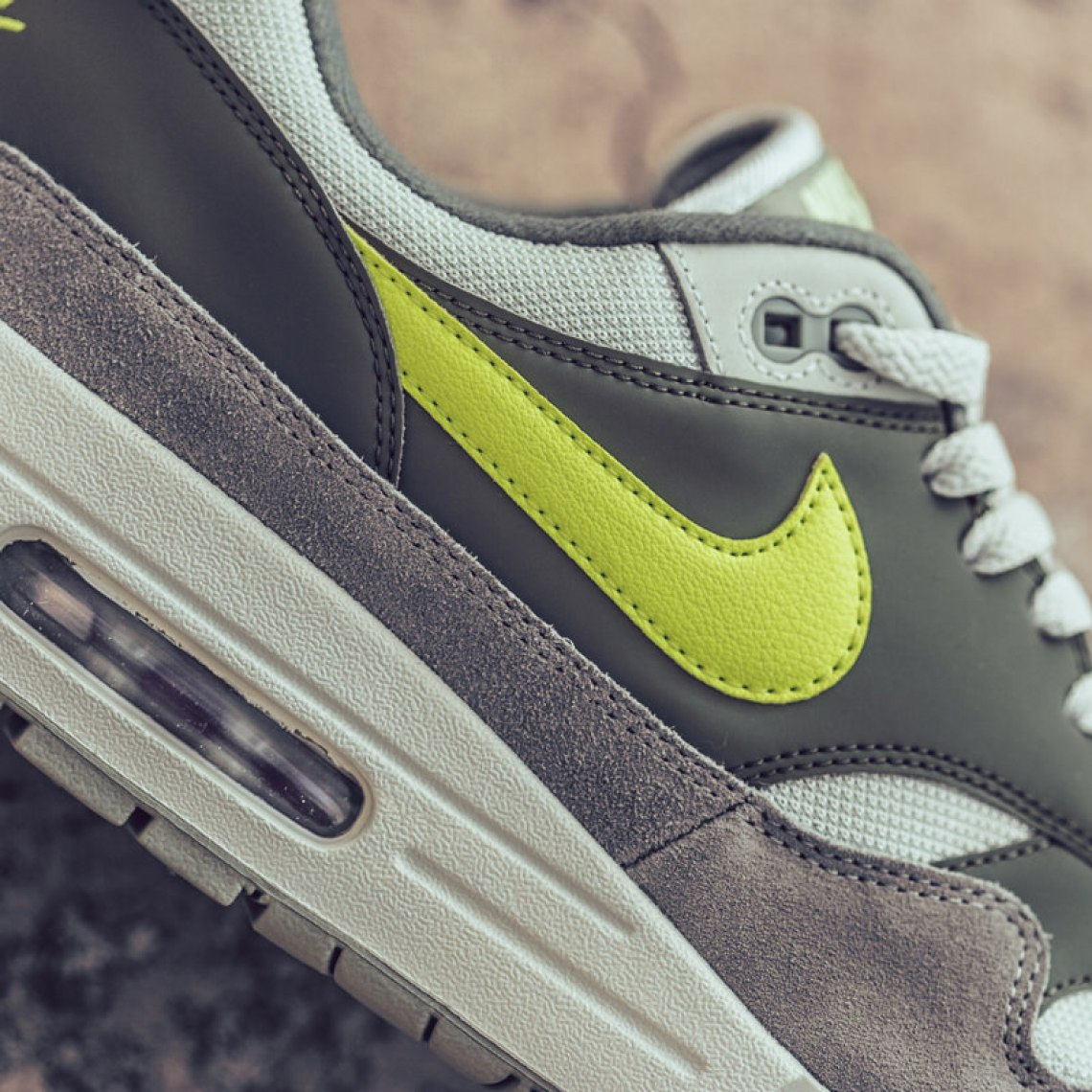 brand new ccfb1 fff82 ... Nike Air Max 1 Mica Green Volt