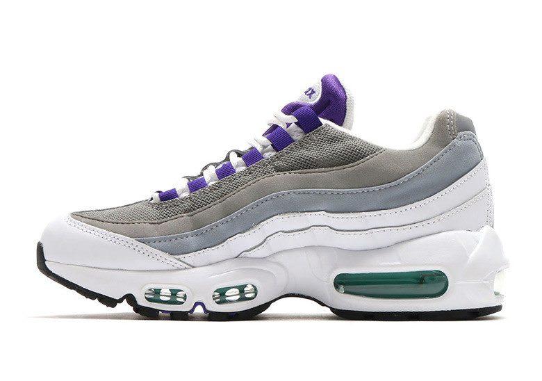 nike air max sneaker on sale