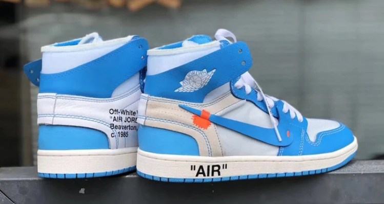 "OFF WHITE x Air Jordan 1 ""UNC"""