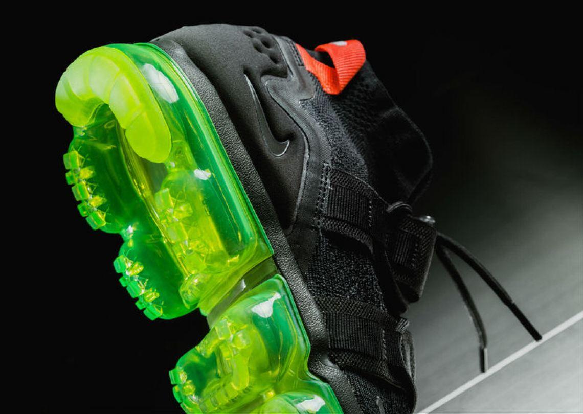 "3dbcacdb524 ... Nike Air VaporMax Flyknit Utility ""Black Volt Bright Crimson"" ..."