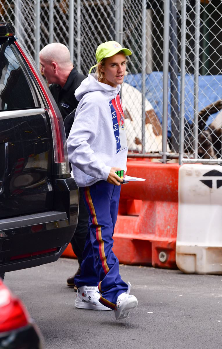 Justin Bieber in the Supreme x Nike Air Force 1 Mid