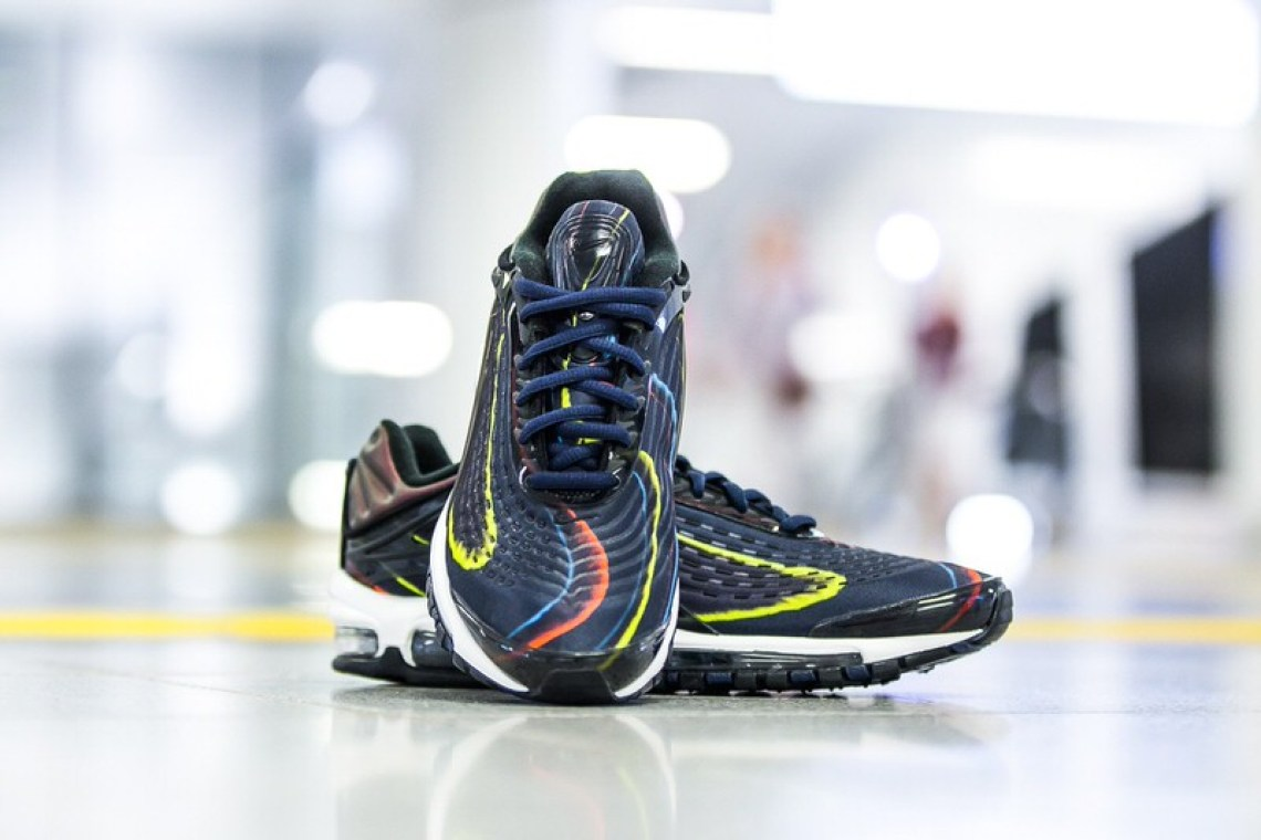 size 40 d09a9 62a4a Nike Air Max Deluxe