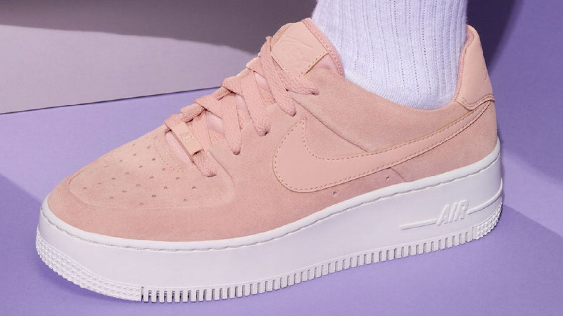 the latest 41d65 38d31 Nike Air Force 1 Sage Low