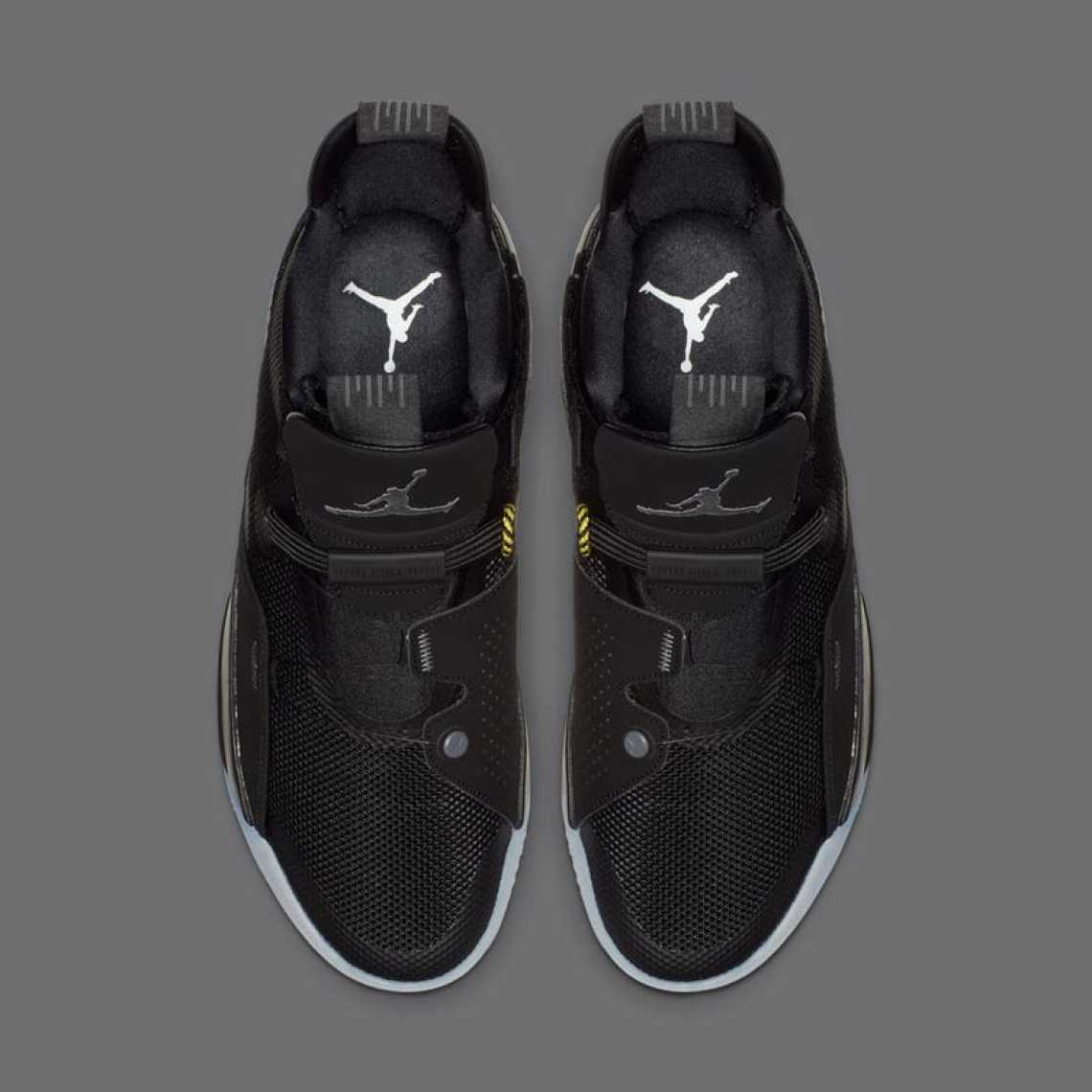 "70a449f50ca6a Air Jordan 33 ""Utility Blackout"" ."