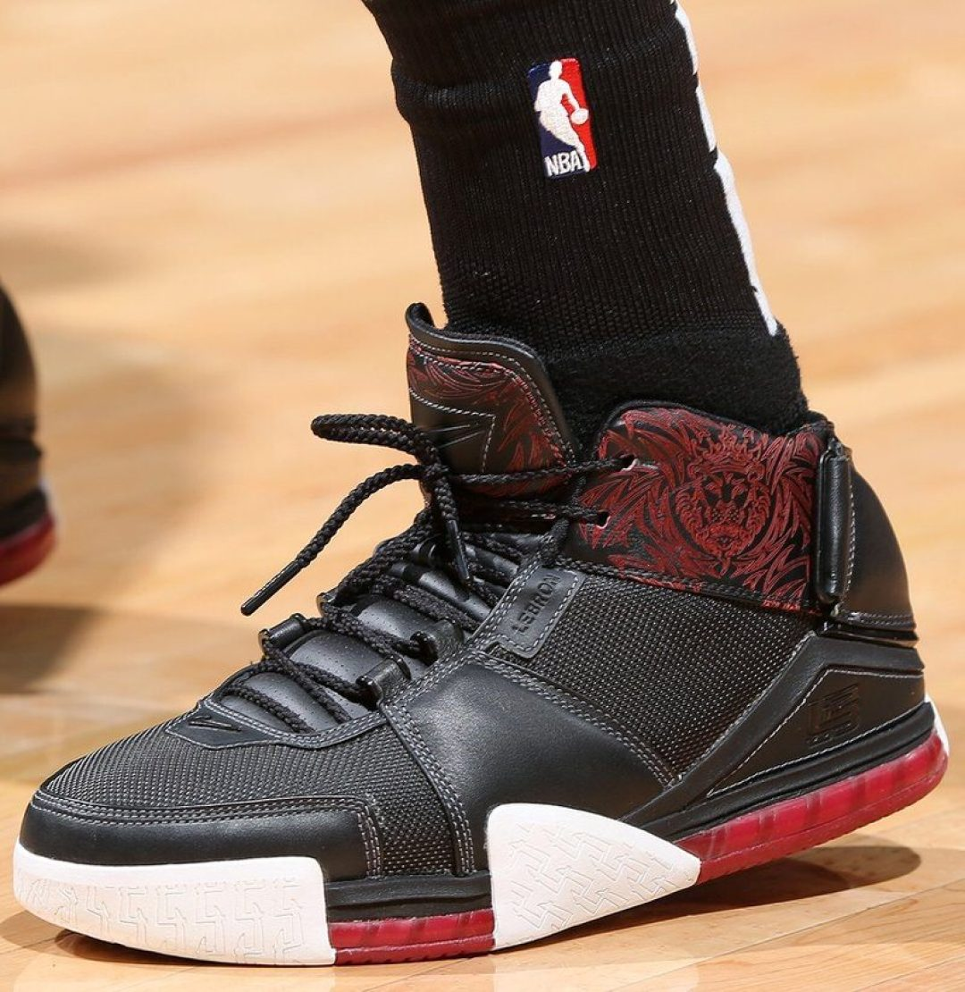 "buy popular 25e12 39b67 Jeff Teague in the Nike Zoom LeBron 2 ""Crimson"" (David ShermanNBAE via  Getty Images)"