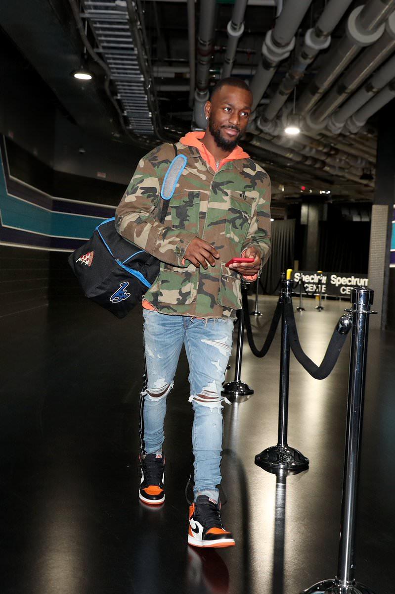 """Kemba Walker in the Air Jordan 1 Retro High OG """"SBB"""""""