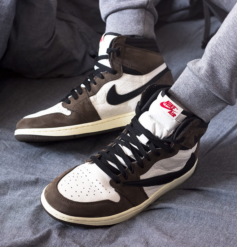 668033375879d5 How to Cop the Travis Scott x Air Jordan 1