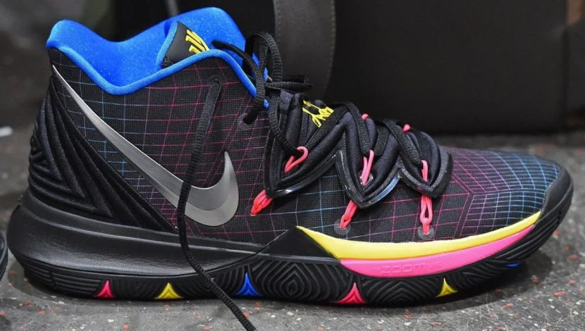 sale retailer b6e73 23d4a Every Sneaker Worn By Kyrie Irving This Season | Nice Kicks
