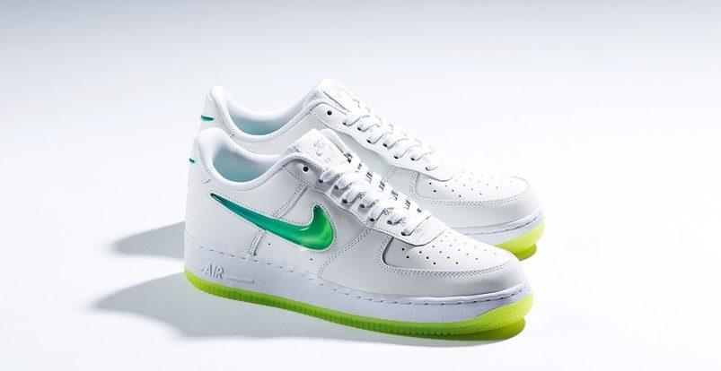 premium selection e95cc ffe28 Nike Air Force 1 Low PRM 2