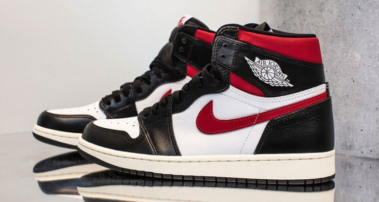 "Air Jordan 1 ""Gym Red"""