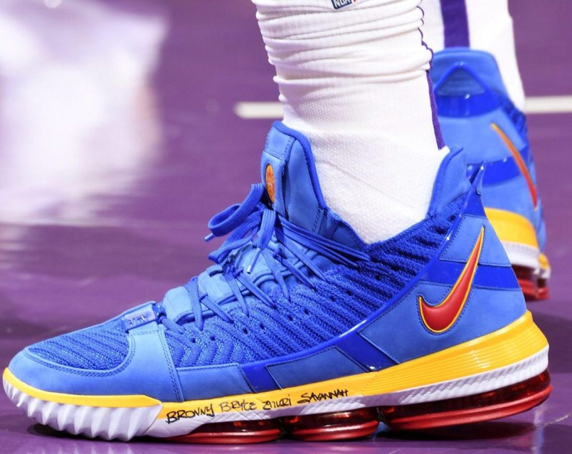 "a5469cdab86 LeBron James in the Nike LeBron 16 PE ""SuperBron"" vs. Boston Celtics  (Andrew D. Bernstein NBAE via Getty Images) ..."