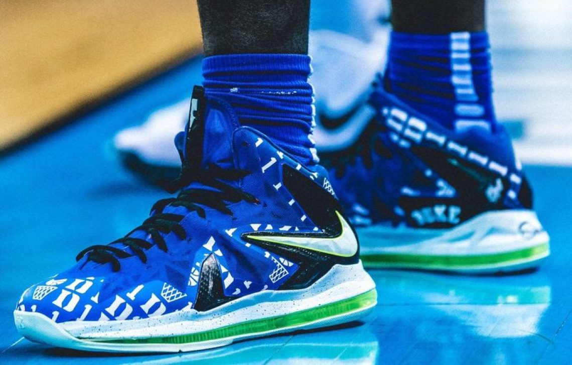 detailed look 83e34 9ab73 Zion Williamson in a custom Nike LeBron X Elite (via Duke Basketball on  Twitter)