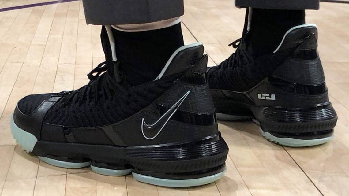 new styles 1a4d8 ce7f7 Nike LeBron 16