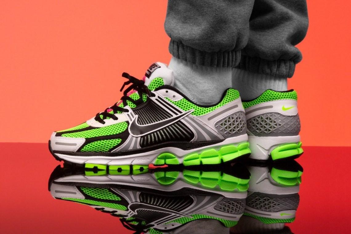 detailed look f30b4 acdb0 Nike Zoom Vomero 5