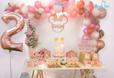 Un cumpleaños de Minnie en rosa y dorado