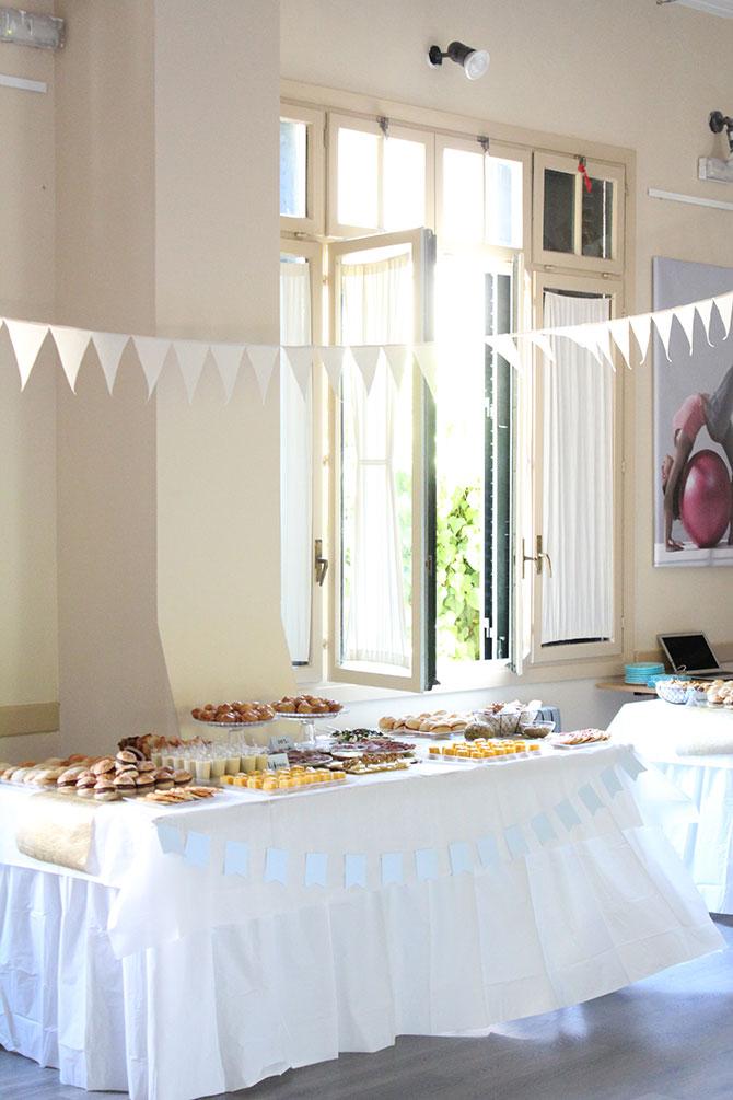 Nice Party fiesta 70 cumpleaños decoración y mesa de dulces dorado (5)