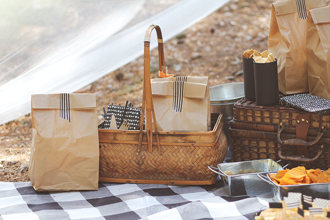Make An Eclectic Party Setup | Fall DIY Picnic Food Ideas And Crafts To Do This Weekend
