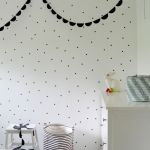 Garlands everywhere: Blanco y negro