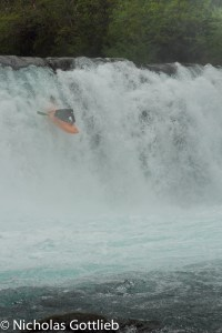 Jordan Poffenberger runs an alternative line on the 25'er on the Upper Fuy.