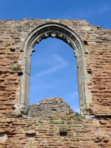 The ruins of Beauvale Priory are the setting for D.H. Lawrence's short story 'A Fragment of Stained Glass.'