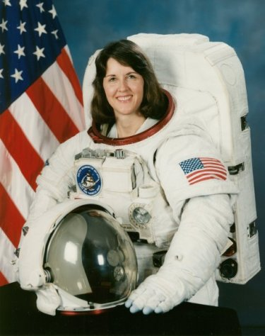 Dr Kathryn C Thornton, STS-33, STS-49, STS-61, STS-73.