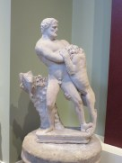 Hercules and the nemean lion at the Ashmolean Museum