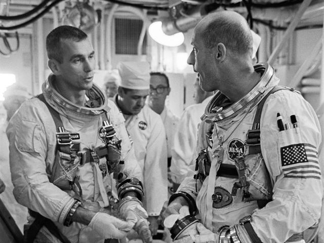 Gene Cernan and Tom Stafford discuss their Gemini 9 scrub
